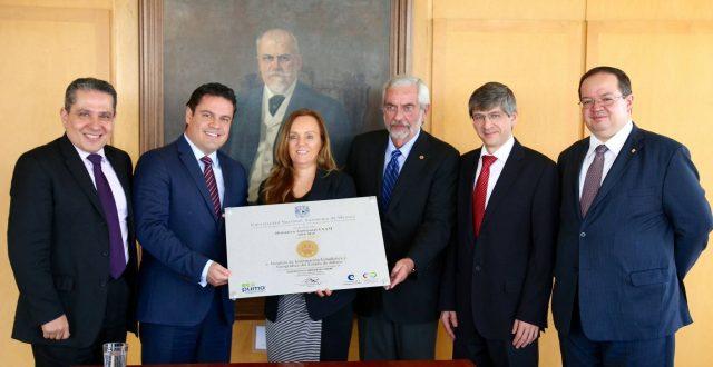 IIEG recibe Distintivo Ambiental UNAM
